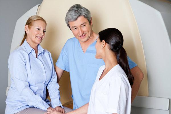 лечение метастазов в костяхв больниуе и народными средствами