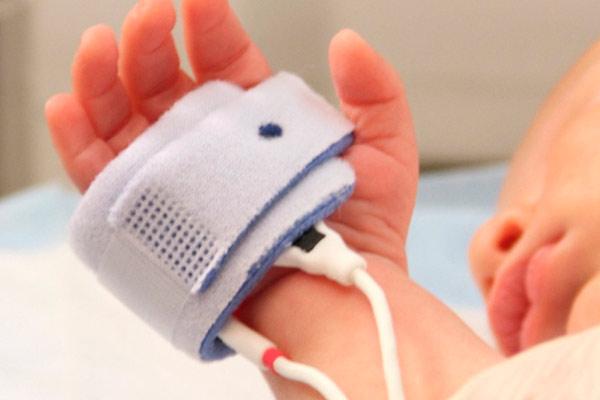 что делать после обнаружения кисты у новорожденного ребенка