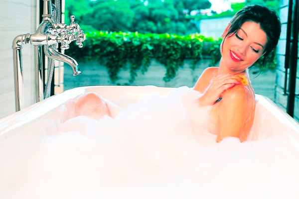 регулярное принятие ванны